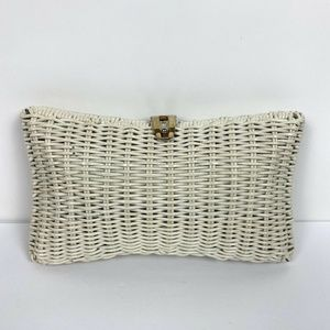 Vtg Magid Hong Kong White Wicker Plastic Clutch